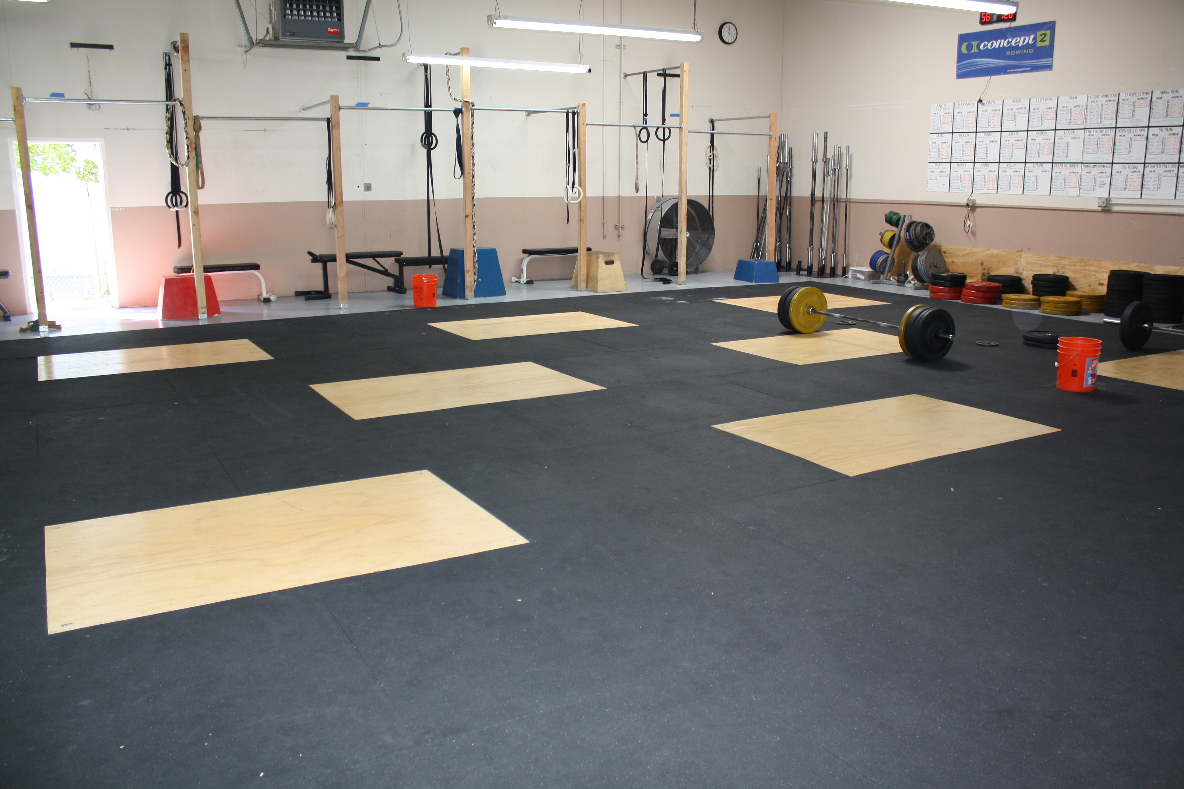 CrossFit One World PAD FIXATION - Weight lifting floor pads